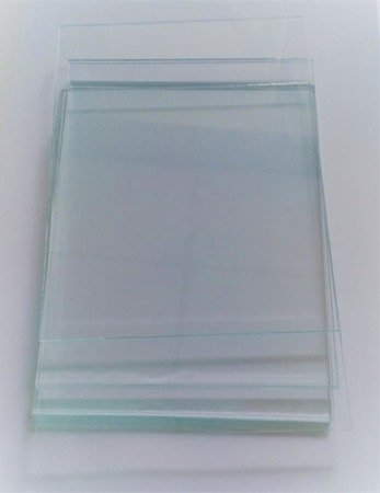 Glass pane for ReS-3 type helmets