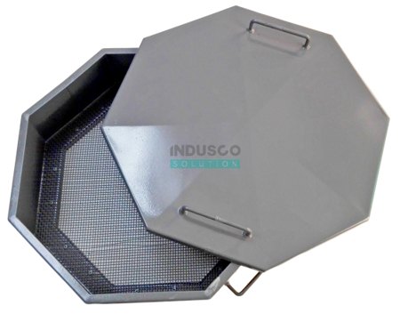 Sieve and cover for the 150l and 200l container